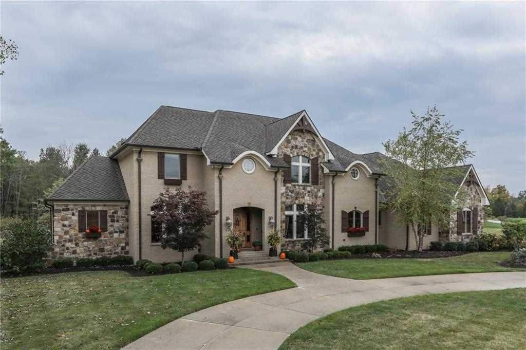 8401 Shannon Springs Drive Zionsville, IN 46077 | MLS 21489550 Photo 1