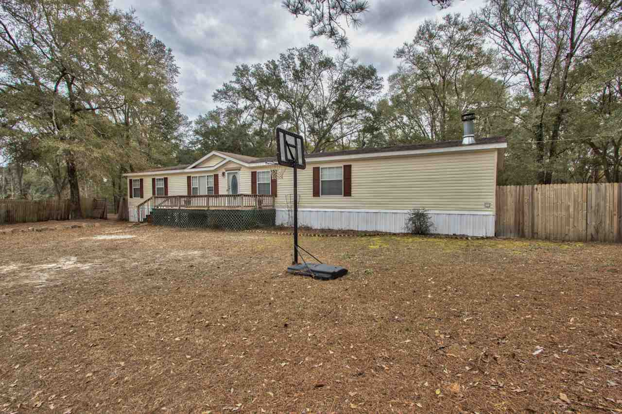 20569 Little Bandit Dr Tallahassee, FL 32310 in No Subdivision