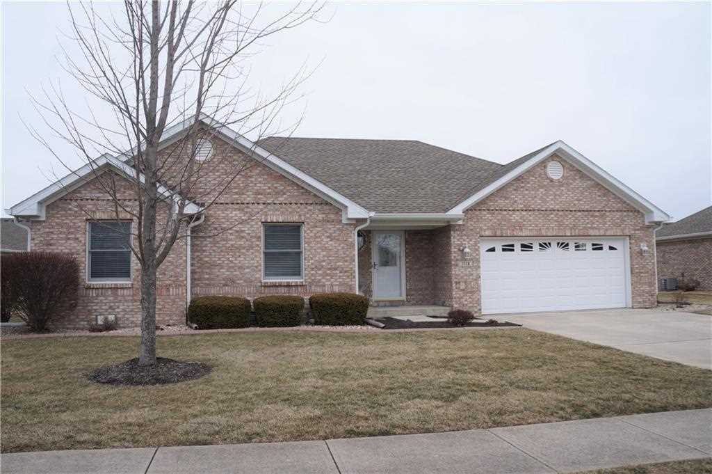 1118 Manchester Drive #185 Brownsburg, IN 46112 | MLS 21544588 Photo 1