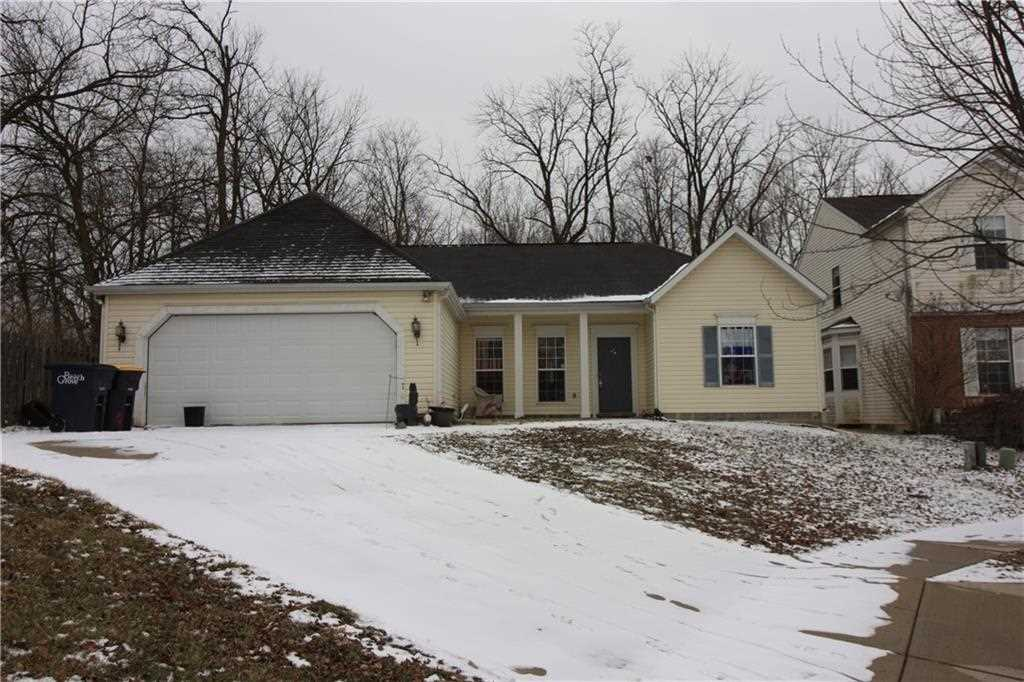 5667 Forest Rise Beech Grove, IN 46203 | MLS 21545017 Photo 1
