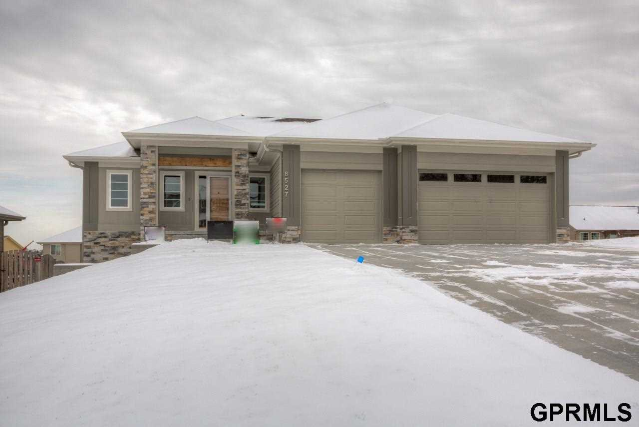 8527 Kilpatrick Bennington, NE 68007 | MLS 21801678 Photo 1