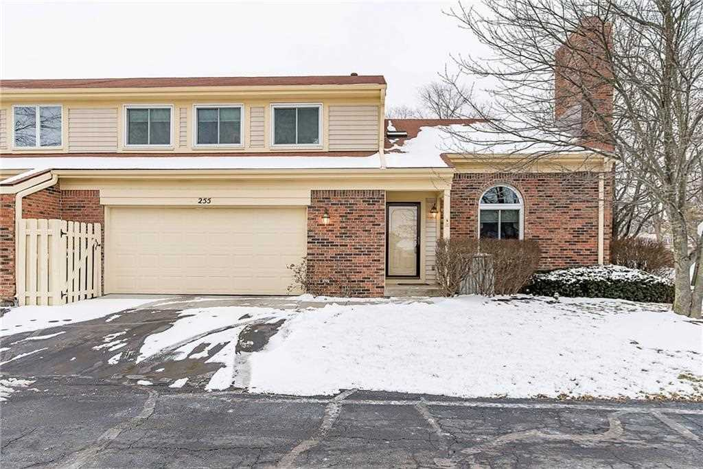 255 Ashland Avenue Zionsville, IN 46077 | MLS 21545304 Photo 1