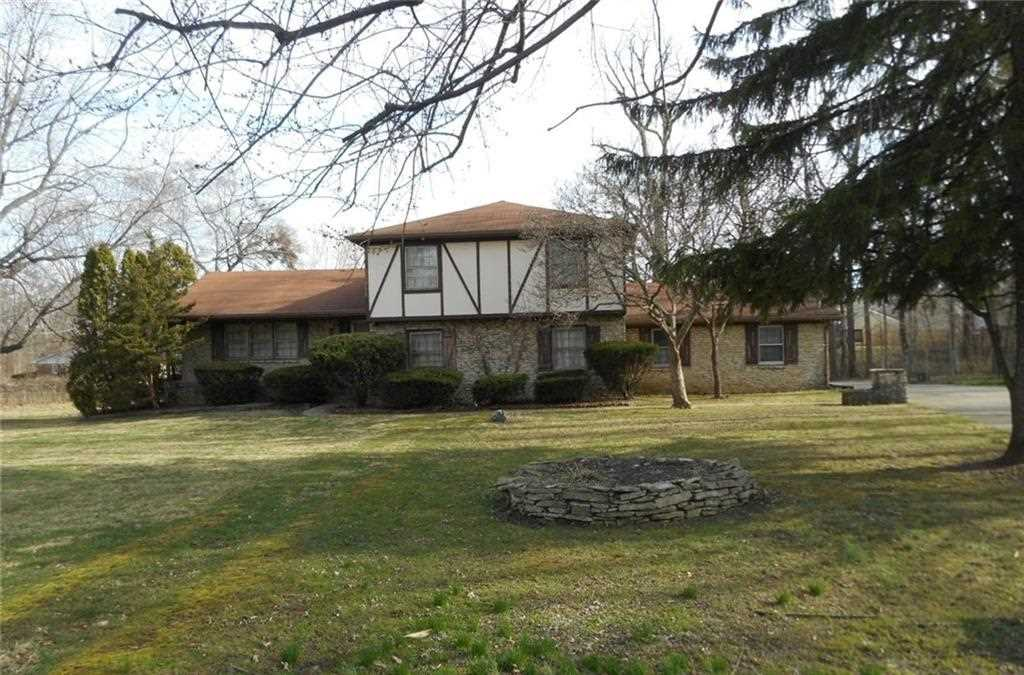 4904 Winston Drive, Indianapolis, IN 46226 | MLS #21545544 Photo 1