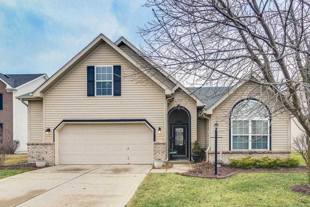11804 Moate Drive Fishers, IN 46037 | MLS 21544616 Photo 1