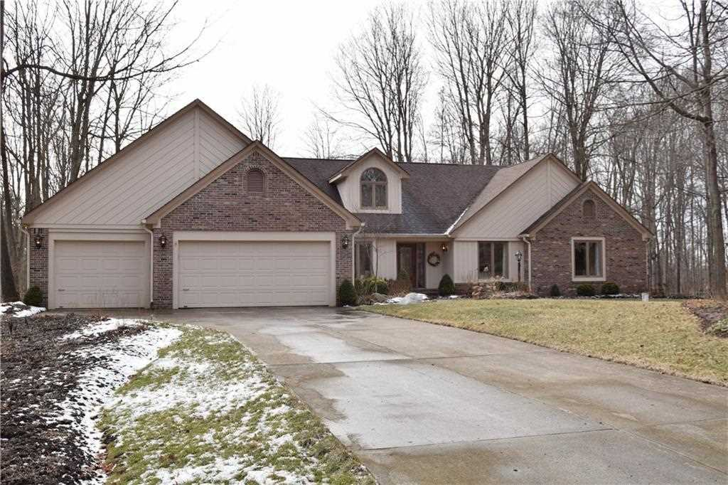 6881 Cardinal Drive Mccordsville, IN 46055 | MLS 21541607 Photo 1
