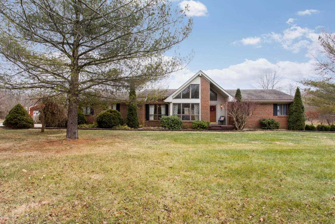 3807 Hambletonian Rd La Grange KY in Oldham County - MLS# 1493011   Real Estate Listings For Sale  Search MLS Homes Condos Farms Photo 1
