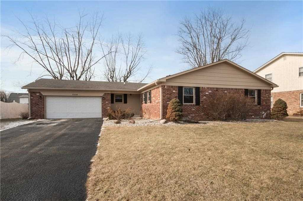 5354 N Kenyon Drive Indianapolis, IN 46226 | MLS 21542281 Photo 1