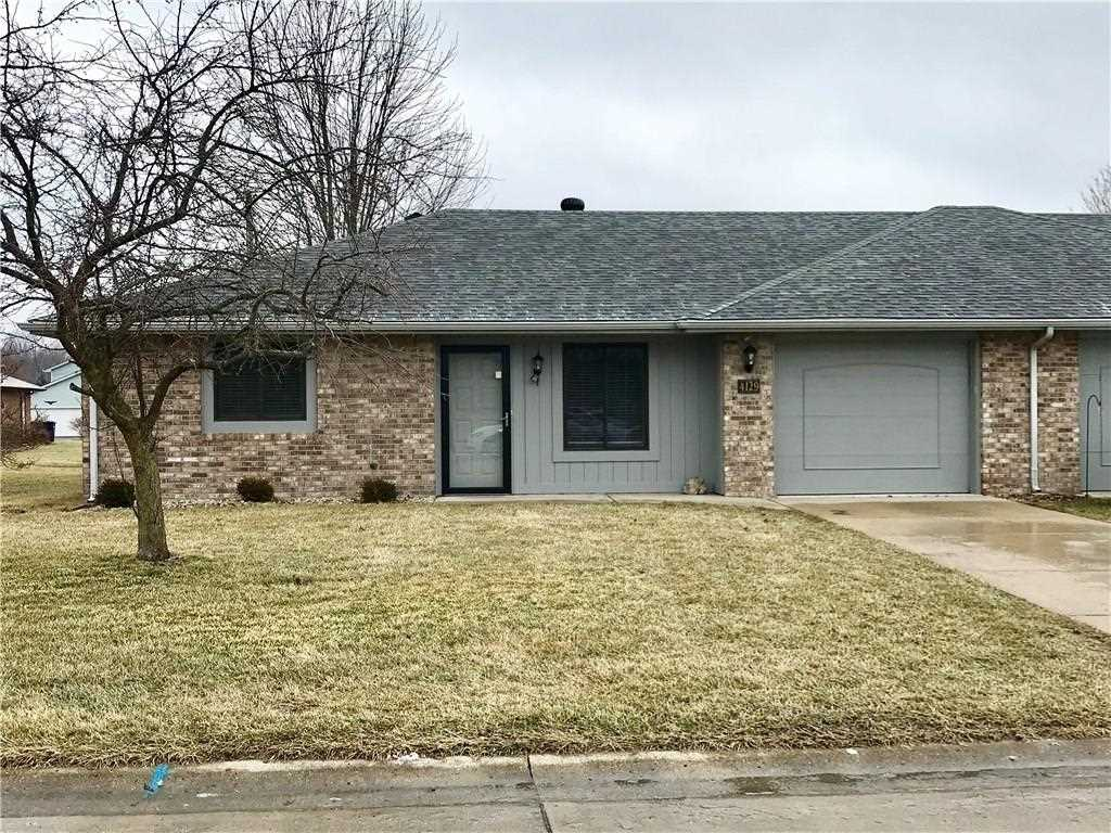 4129 Roundhill Drive Anderson, IN 46013 | MLS 21545970 Photo 1