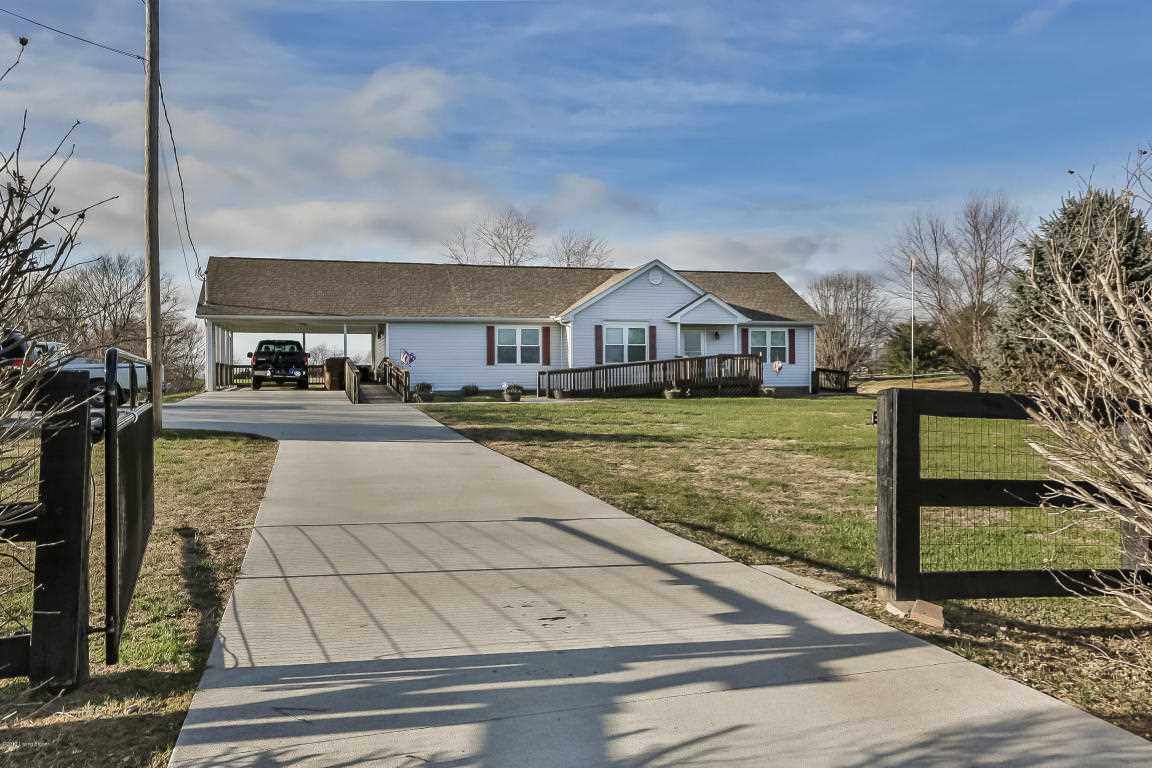 4007 Waddy Rd Waddy KY in Shelby County - MLS# 1492719 | Real Estate Listings For Sale |Search MLS|Homes|Condos|Farms Photo 1