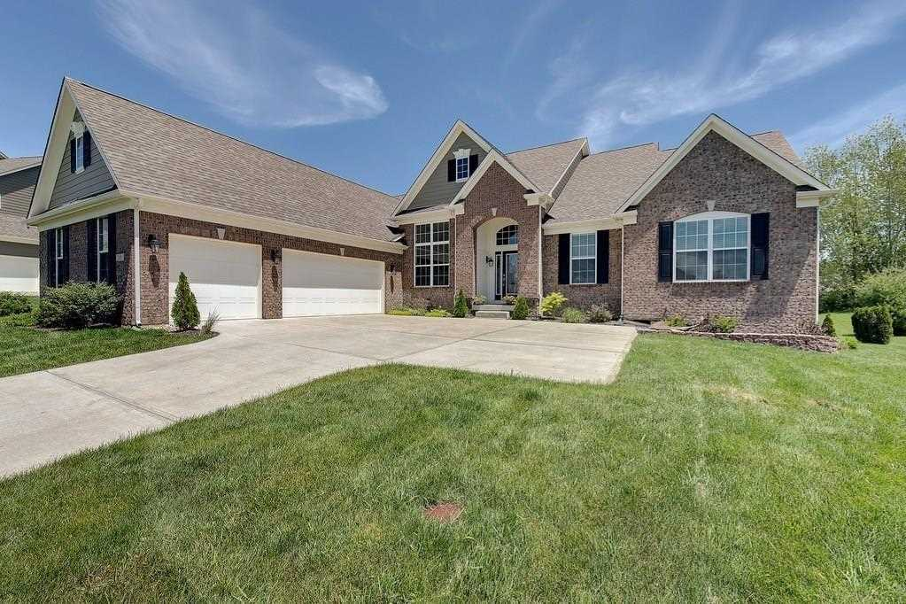 3209 Willow Bend Trail Zionsville, IN 46077 | MLS 21546165 Photo 1