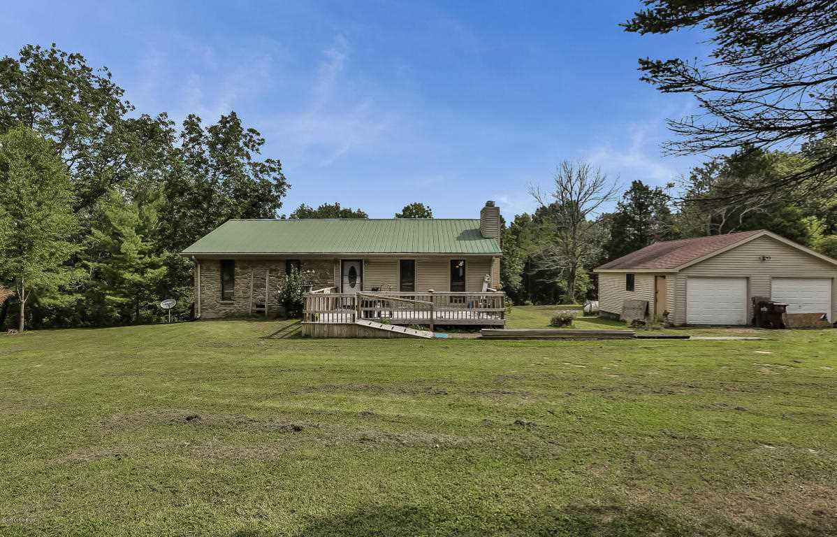 570 Wooded Ridge Rd Sulphur KY in Henry County - MLS# 1484299   Real Estate Listings For Sale  Search MLS Homes Condos Farms Photo 1
