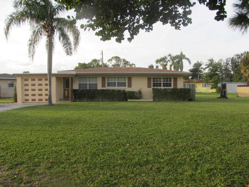 4545 Dolphin Drive Lake Worth, FL 33463 | MLS RX-10374451 Photo 1