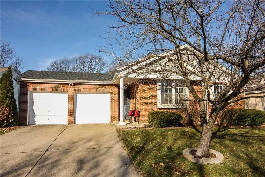 8002 Cardinal Cove W Indianapolis, IN 46256 | MLS 21544481 Photo 1