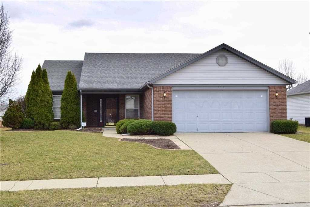 1937 Winfield Park Drive Greenfield, IN 46140 | MLS 21548672 Photo 1