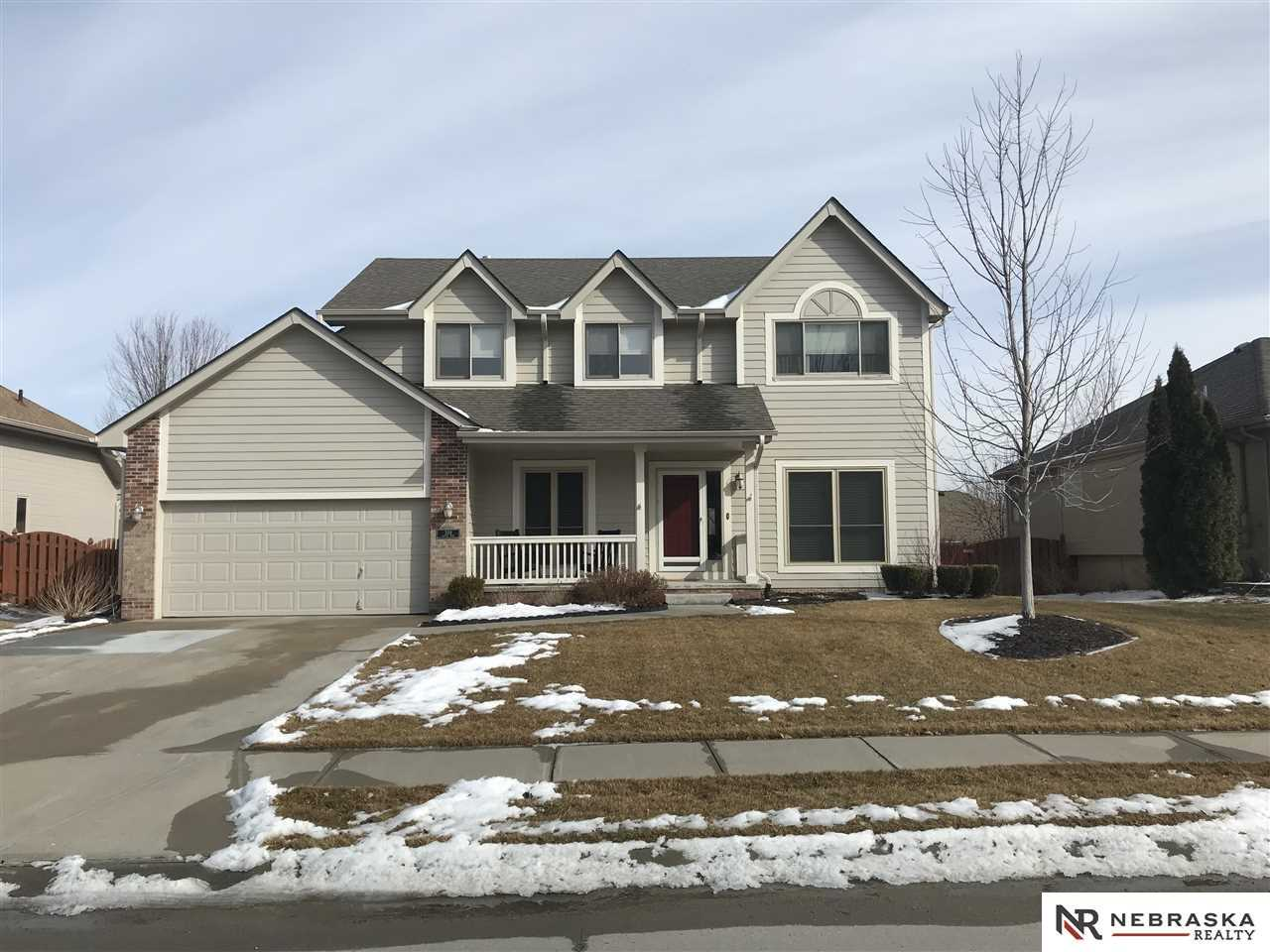 309 Castle Pine Papillion, NE 68133 | MLS 21802856 Photo 1