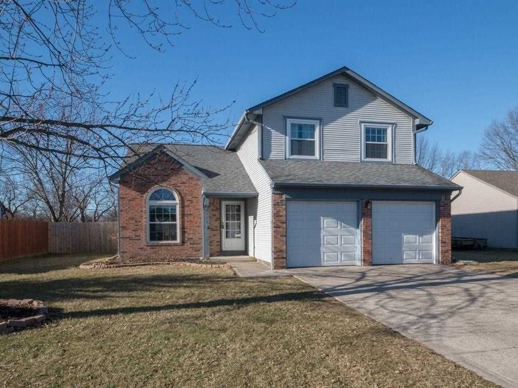 8474 Summertree Lane Indianapolis, IN 46256 | MLS 21542747 Photo 1