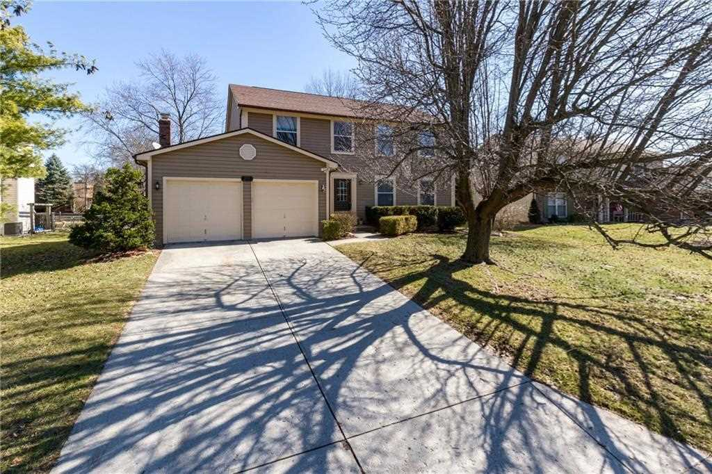 9321 Monte Lane Indianapolis, IN 46256 | MLS 21548835 Photo 1