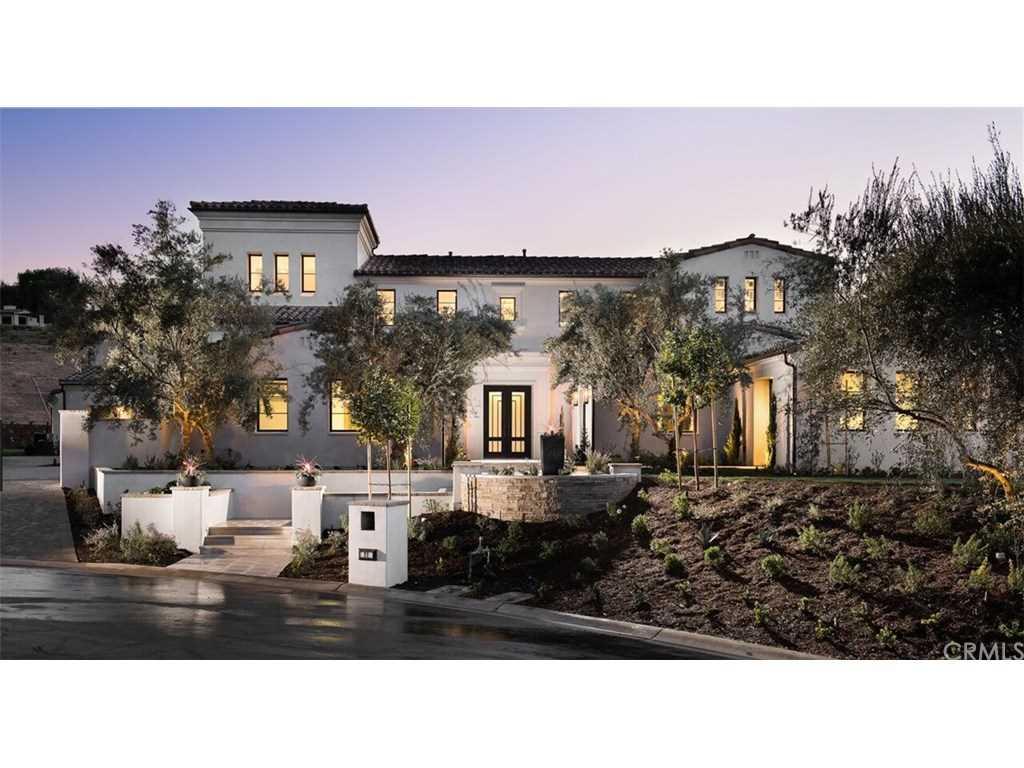 22 Tree Fern Irvine, CA 92603 | MLS OC18048332 Photo 1