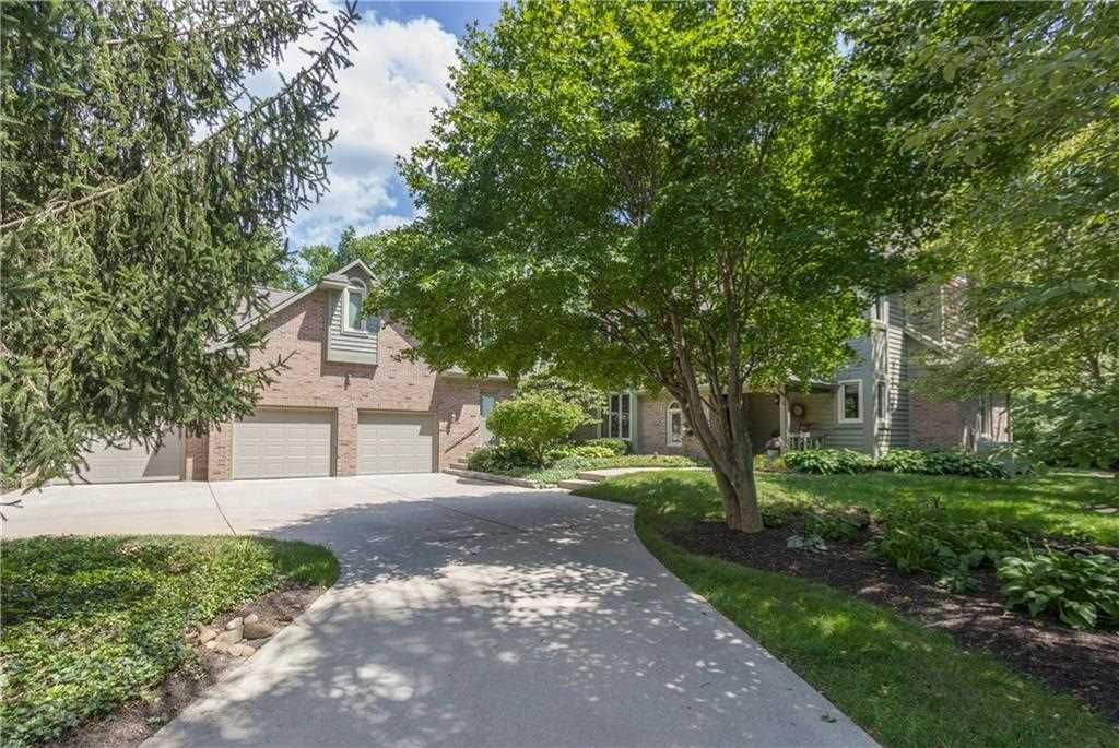 9165 Woodacre Blvd North Drive Indianapolis, IN 46234   MLS 21548608 Photo 1