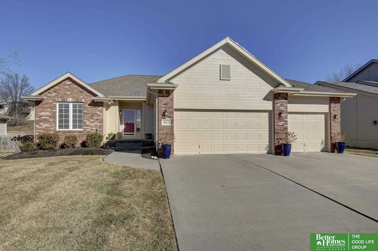 1863 N 153rd Omaha, NE 68154 | MLS 21802995 Photo 1