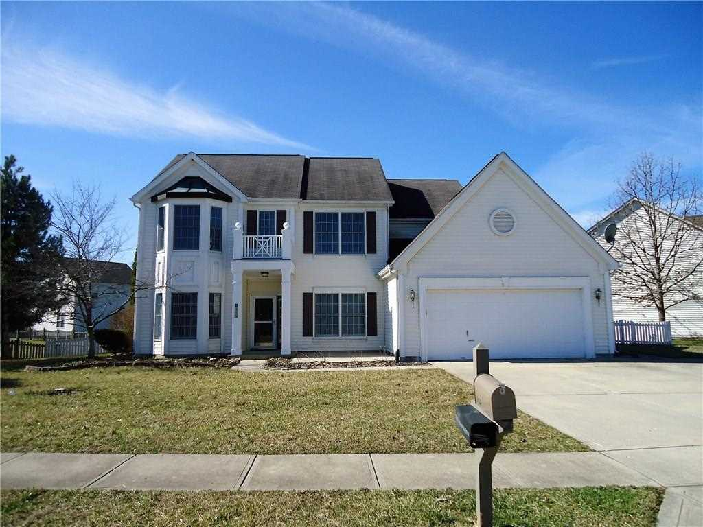1324 Chestnut River Crossing Avon, IN 46123 | MLS 21545553 Photo 1