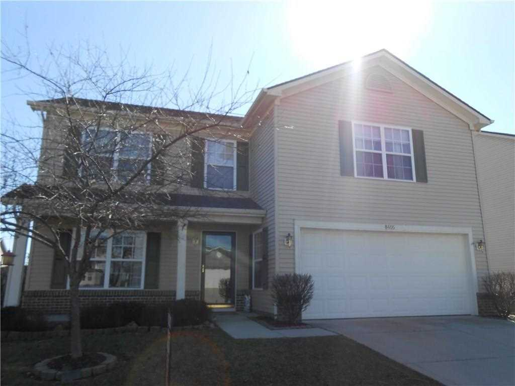 8405 Catchfly Drive Plainfield, IN 46168 | MLS 21549345 Photo 1