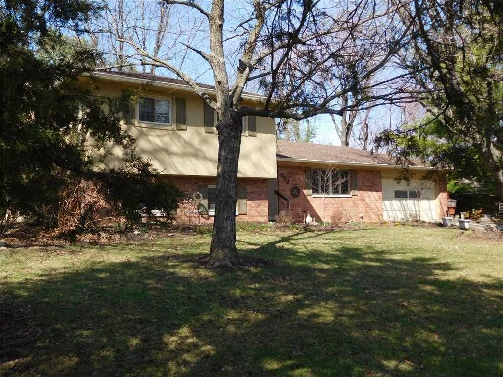 752 Coach Road Indianapolis, IN 46227 | MLS 21548472 Photo 1
