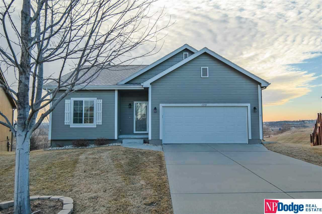 13713 S 14th Bellevue, NE 68123 | MLS 21803090 Photo 1