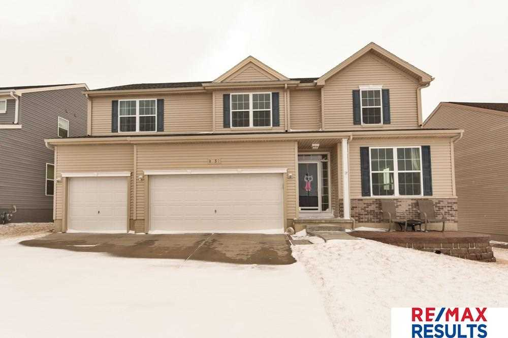8631 S 165th Omaha, NE 68136 | MLS 21803309 Photo 1
