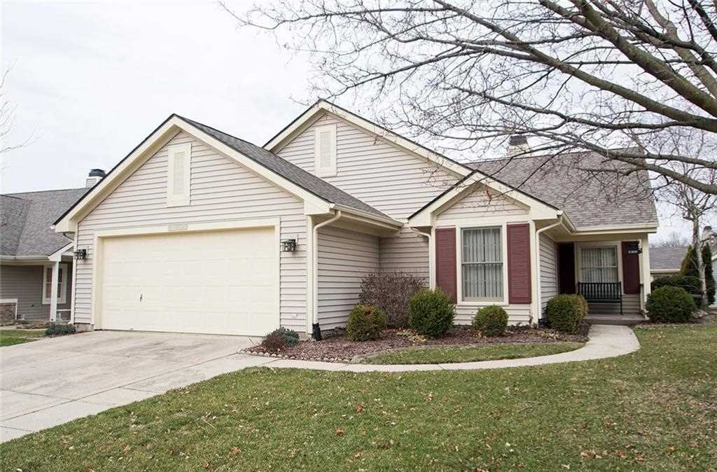 11200 Stratford Way Fishers, IN 46038 | MLS 21549698 Photo 1