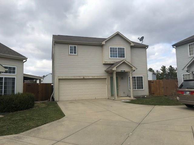 6652 Dunsdin Drive Plainfield, IN 46168 | MLS 21550090 Photo 1