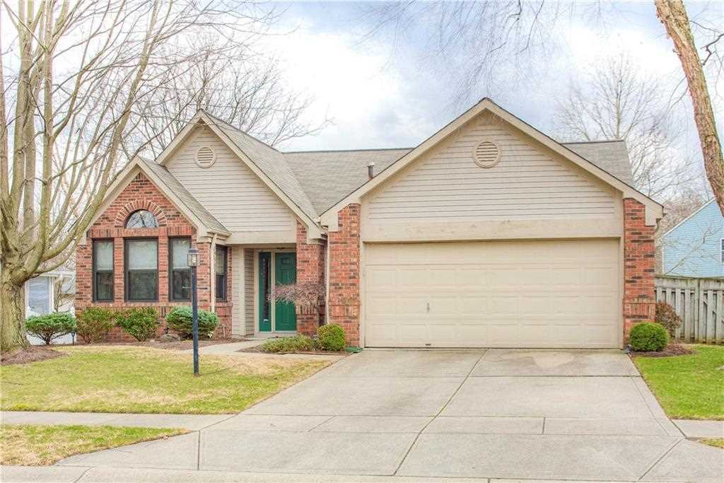 5449 Old Barn Drive Indianapolis, IN 46268 | MLS 21550112