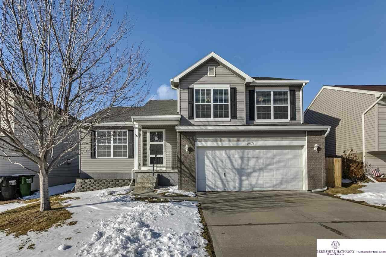 19378 v Omaha, NE 68135 | MLS 21803378 Photo 1