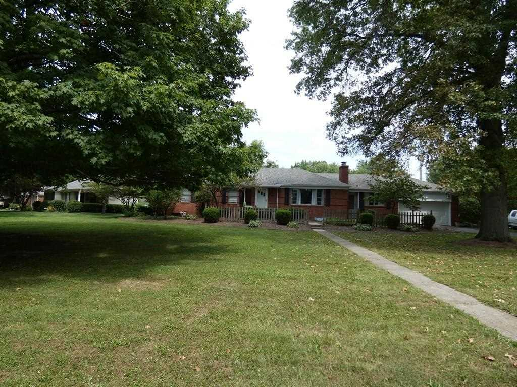 6005 N Oakland Avenue Indianapolis, IN 46220 | MLS 21511833 Photo 1