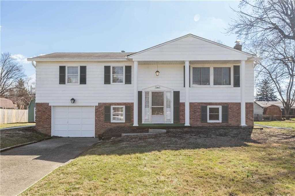 7019 Archwood Drive Indianapolis, IN 46214 | MLS 21550414 Photo 1
