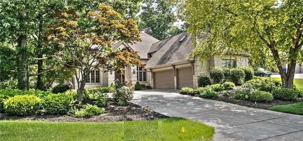 9325 Promontory Circle Indianapolis, IN 46236 | MLS 21550003 Photo 1