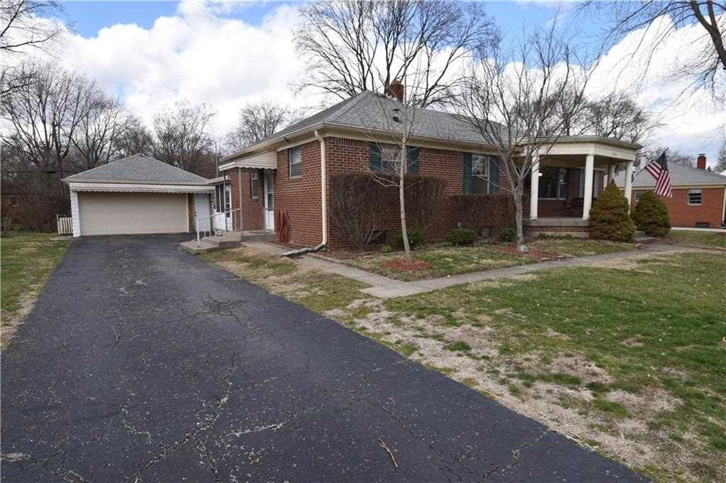 6140 N Dearborn Street Indianapolis, IN 46220 | MLS 21550880 Photo 1