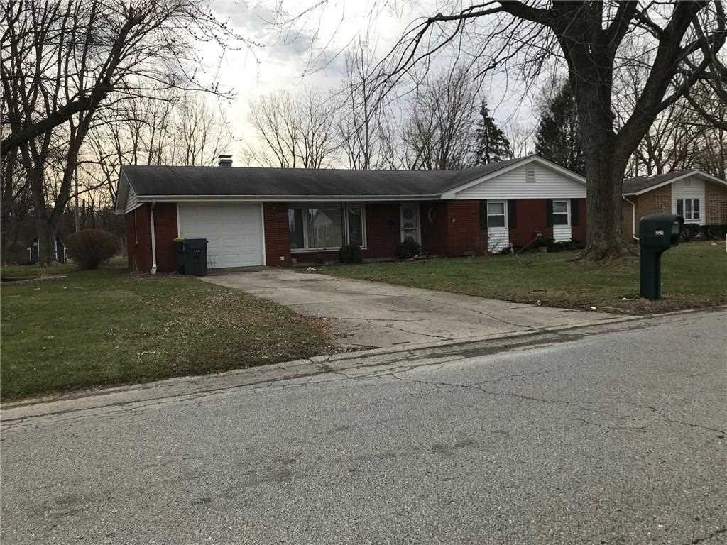 224 N Coventry Drive Anderson, IN 46012 | MLS 21540053 Photo 1