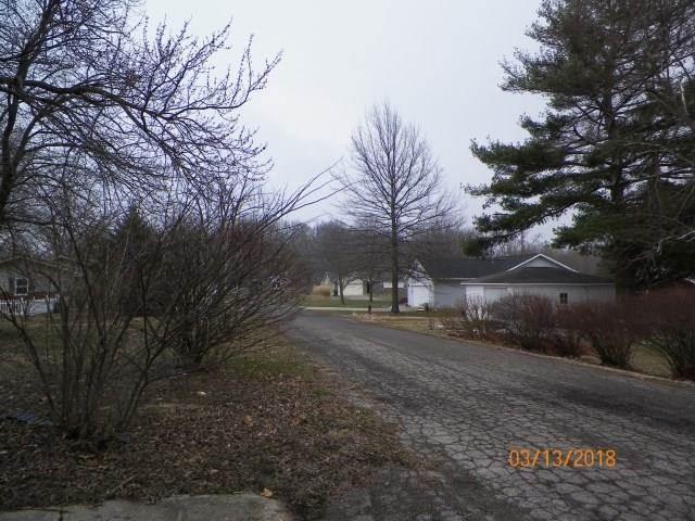 4800 W Burr Oak Drive Muncie, IN 47304 | MLS 21551220 Photo 1