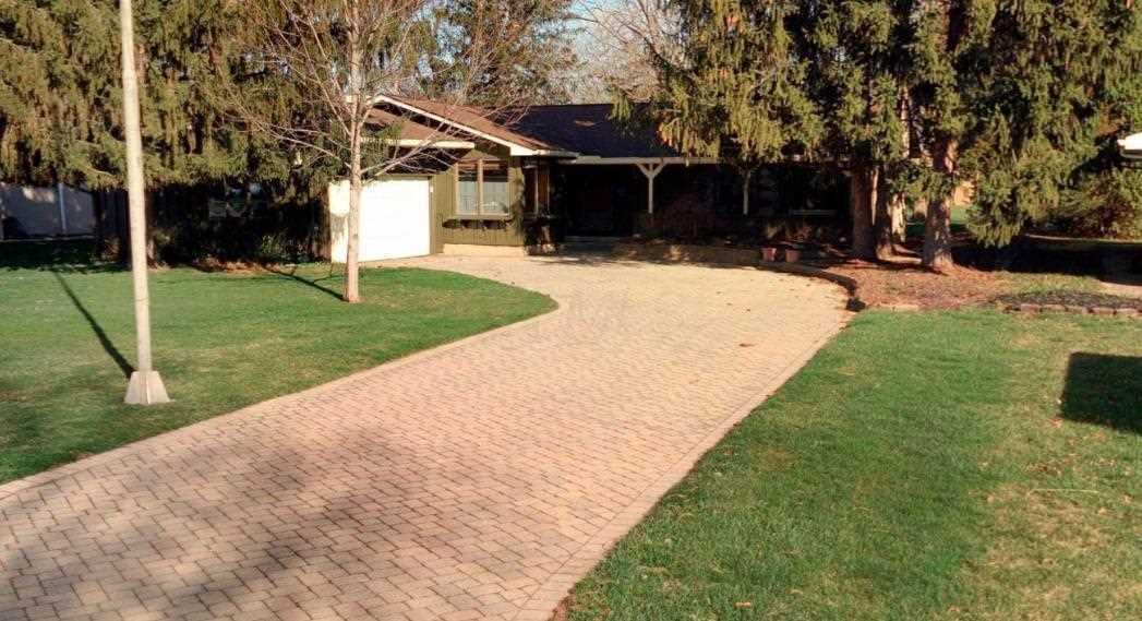 3354 Ridgewood Drive Hilliard, OH 43026 | MLS 218006852 Photo 1