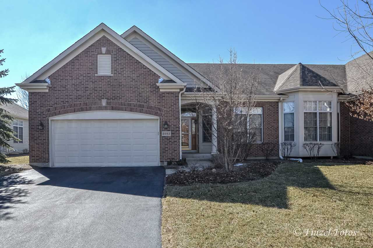 3982 Honeymoon Ridge Lake In The Hills, IL 60156 | MLS 09888171 Photo 1