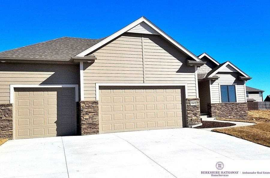 16081 Girard Omaha, NE 68007 | MLS 21802860 Photo 1