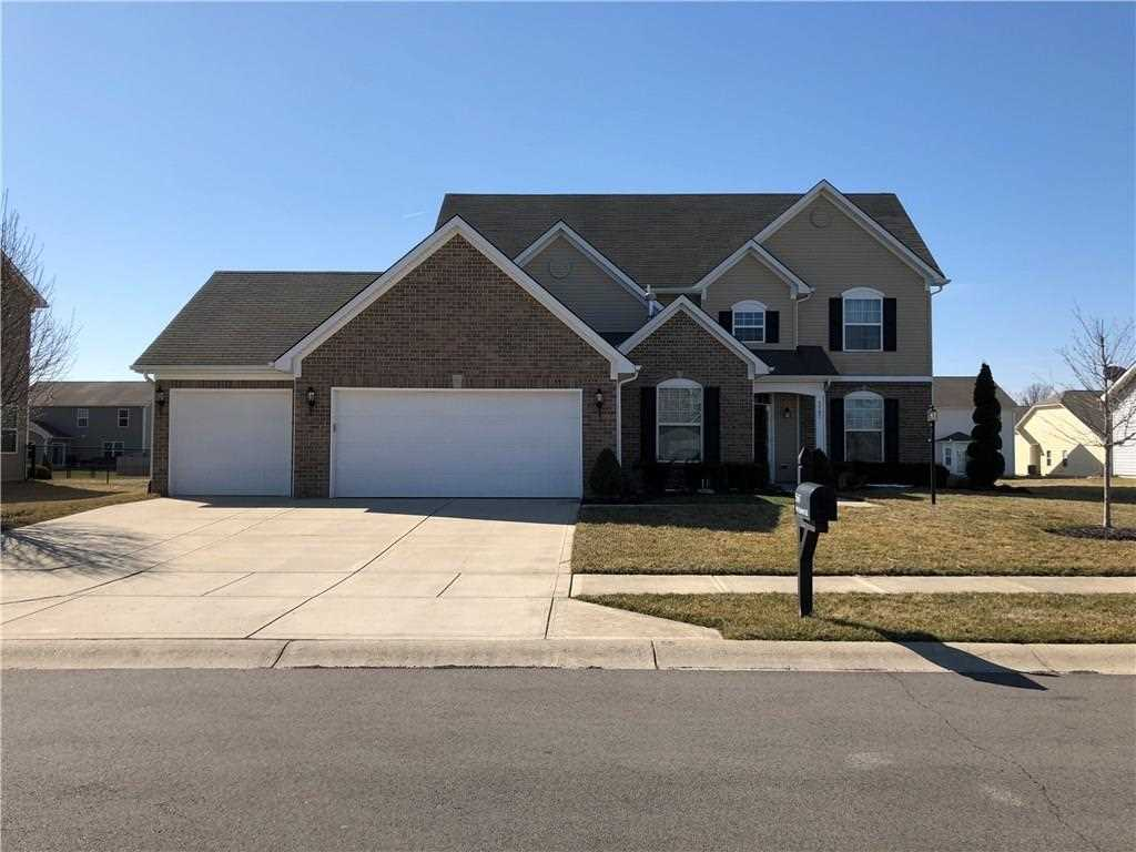 5567 W Stoneview Trail Mccordsville, IN 46055 | MLS 21554105 Photo 1