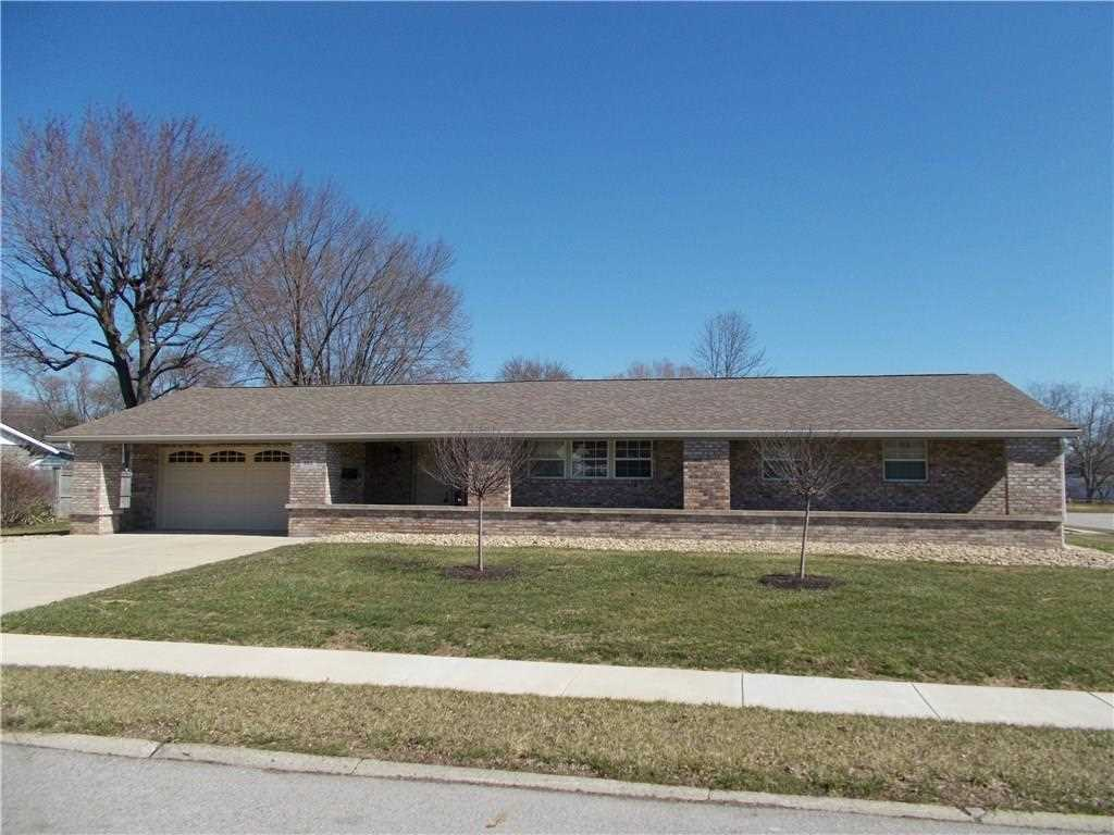 885 Highlander Drive Plainfield, IN 46168 | MLS 21549753 Photo 1