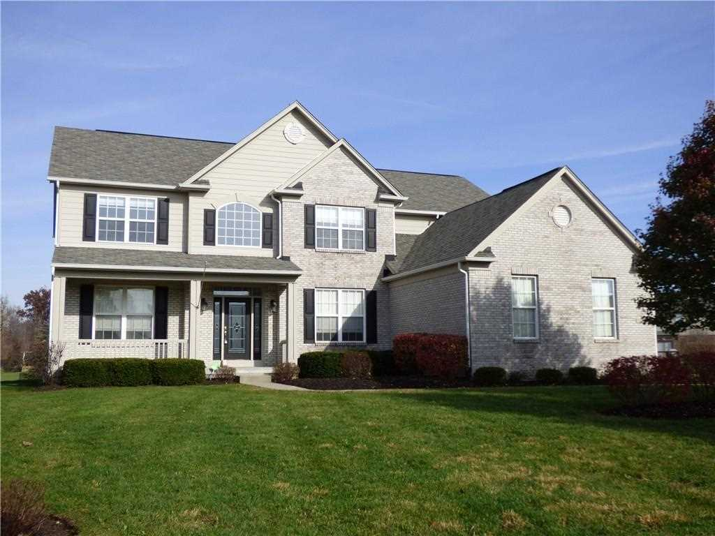 6804 Woodhaven Place Zionsville, IN 46077 | MLS 21526779 Photo 1