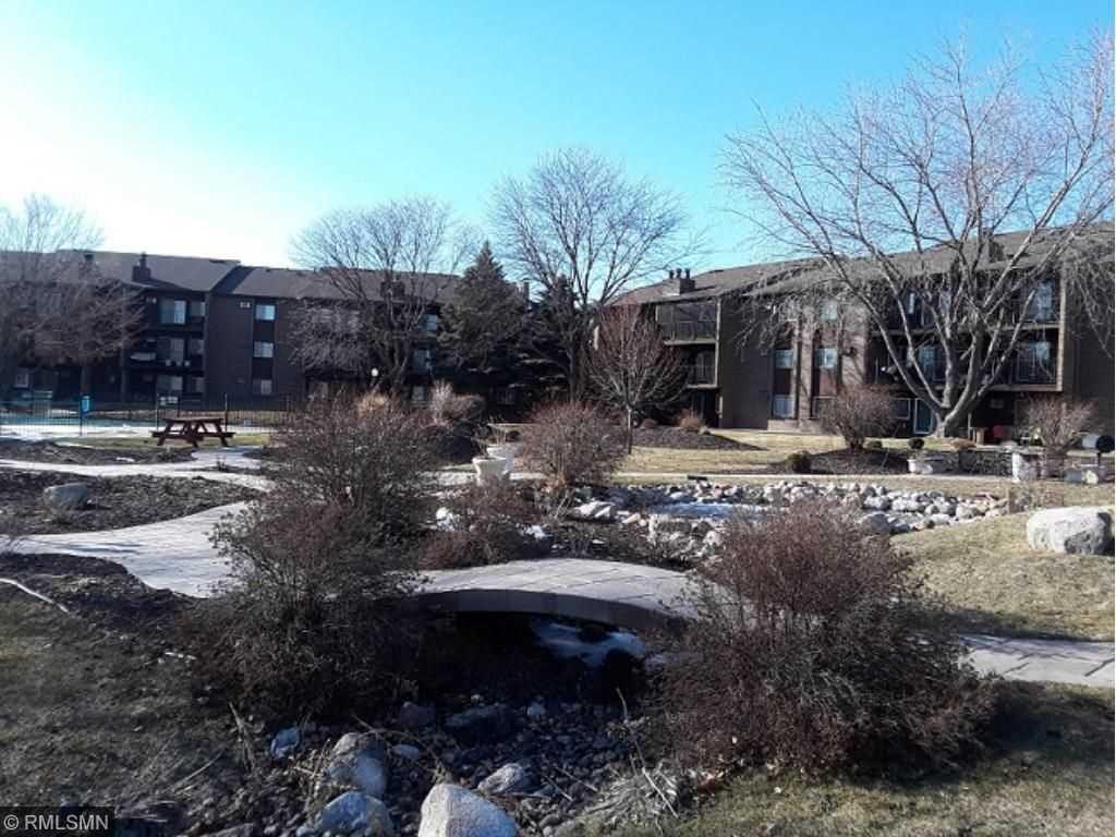Bad Credit Military Loans >> MLS 4934175 | Dakota County condo for sale | Carriage Hills Condominium Eagan