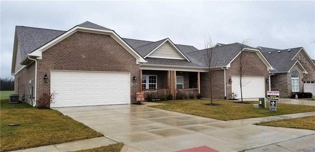 296 Society Drive #31B Indianapolis, IN 46229 | MLS 21550683 Photo 1