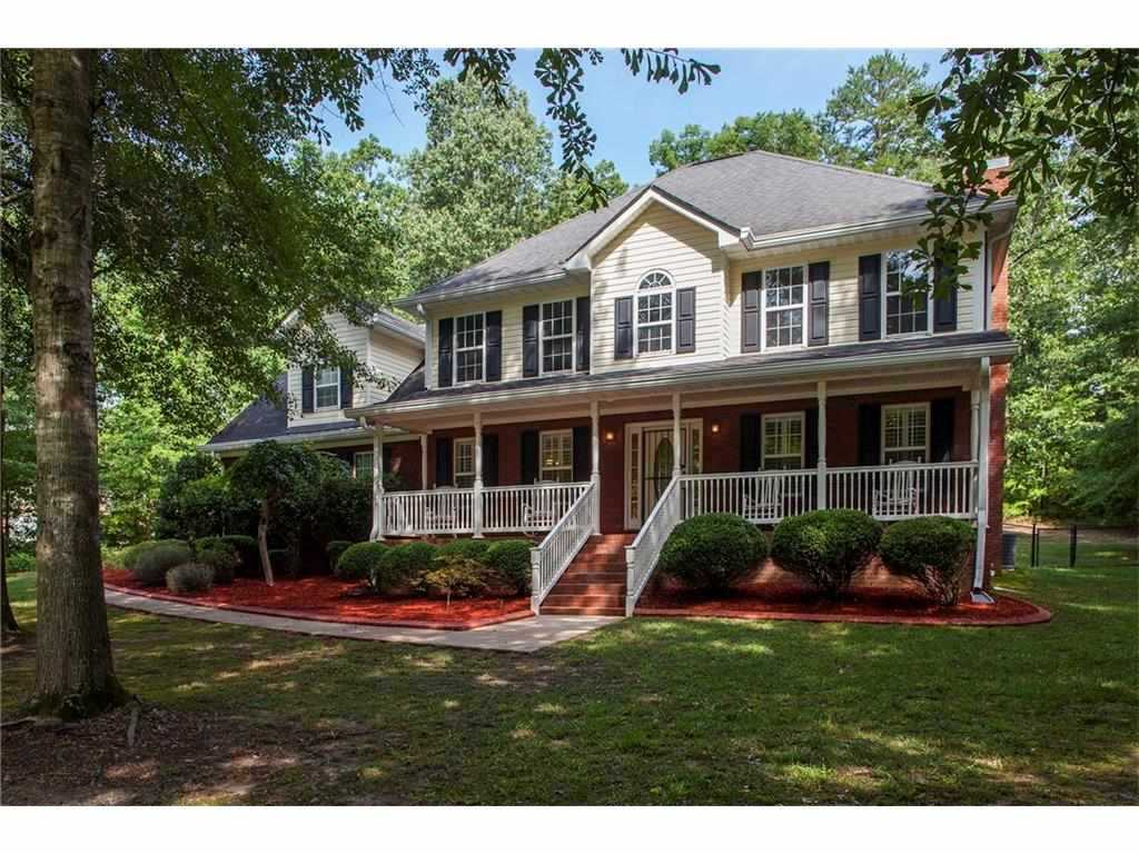 Priced Below Appraisal Huge  5 Baths On A 1 25 Acre Private Lot