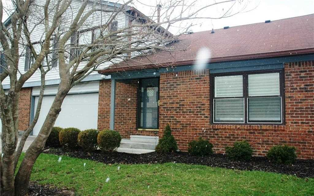 853 Staton Place East Drive Indianapolis, IN 46234 | MLS 21556312 Photo 1