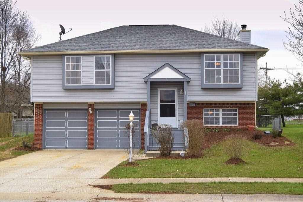 71 Westridge Place Greenwood, IN 46142 | MLS 21557646 Photo 1